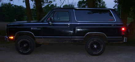 1988 Dodge Ramcharger 4x4 By Taylor Bohm image 2.