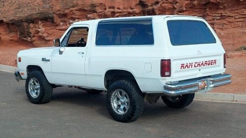 1991 Dodge Ramcharger By Mark Jackman image 2.