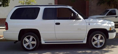 2001 Dodge Ramcharger 4x2 By Benny Carriedo image 2.