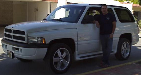 2001 Dodge Ramcharger 4x2 By Benny Carriedo image 3.