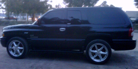 2001 Dodge Ramcharger By Abel Gonzales Oros image 3.